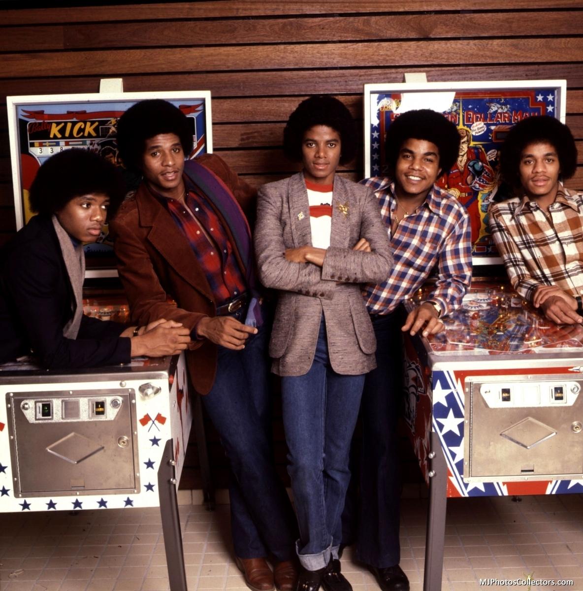 The Jacksons J5-the-jackson-5-17015742-1184-1200