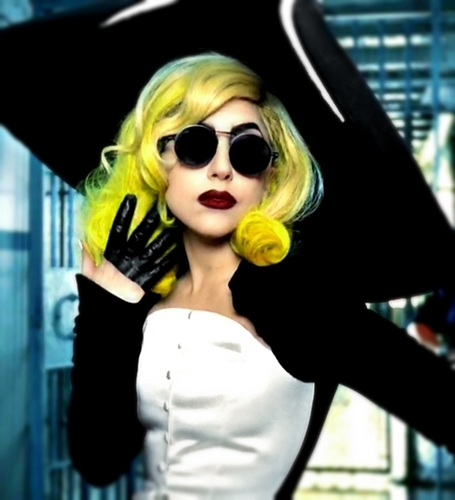 Lady Gaga wallpaper possibly with sunglasses titled Lady Gaga Telephone