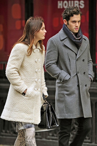 Leighton & Penn on set