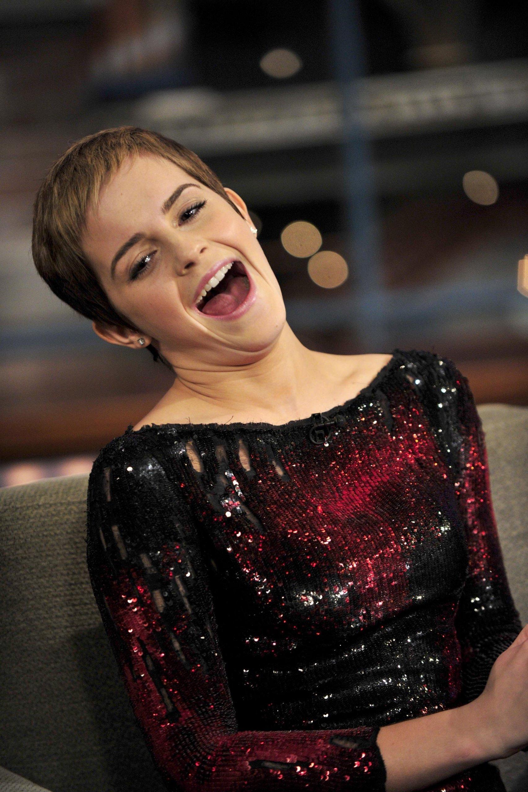 Driving Lessons Nyc >> Letterman (2010) - Emma Watson Photo (17025840) - Fanpop