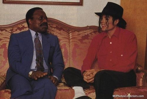 MJ sitting