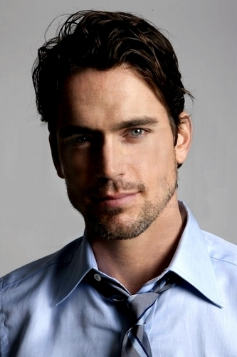 Matt Bomer fond d'écran possibly containing a business suit called Matt Bomer