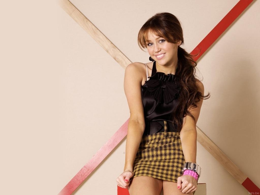 Miley Cyrus wallpaper
