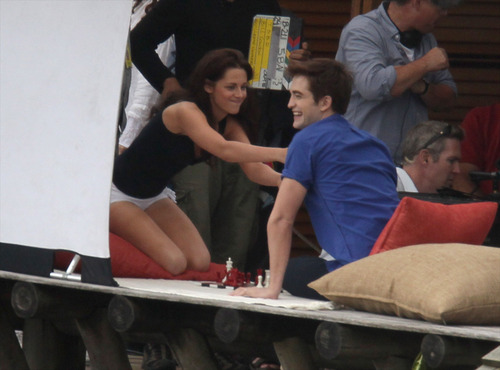 "और ""Breaking Dawn"" filming"