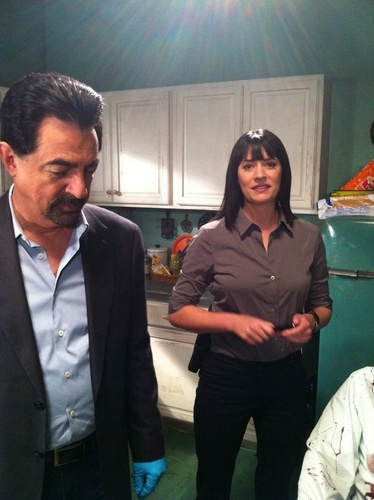 Paget on the CM set (with Joe) - paget-brewster Photo