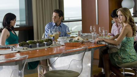 Royal Pains wallpaper with a dinner table, a brasserie, and a holiday dinner called Royal Pains - Season 1 episode 2
