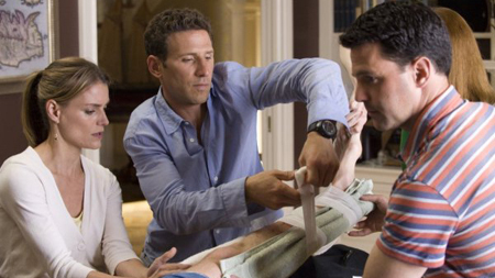 Royal Pains wallpaper probably with a sign called Royal Pains - Season 1 episode 5