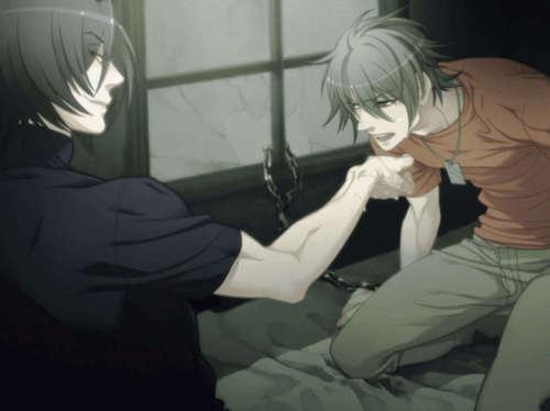 Shiki feeding Akira >.<