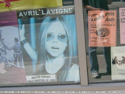 Some Pics of Avril's Hometown , Napanee