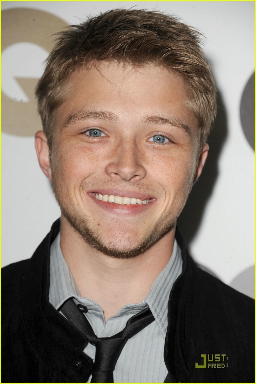 Sterling knight sterling knight photo 17092259 fanpop for The sterling