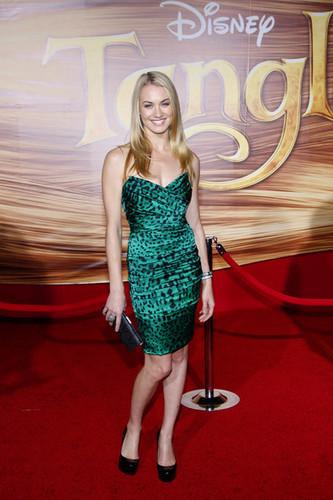 Yvonne Strahovski @ the LA Premiere of 'Tangled'