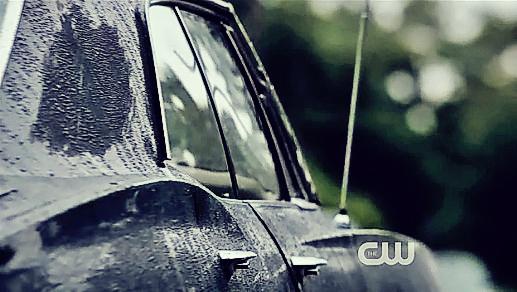 impala-supernatural-17086353-517-292.jpg