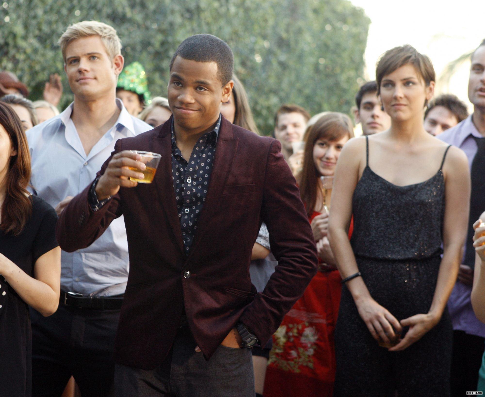 Беверли хиллз 90210: новое поколение (4 сезон: 1-24 серии из 24) / beverly hills 90210: the next generation