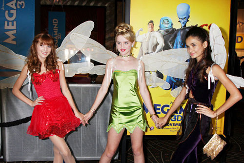 "Bella Thorne& friends At The ""MegaMind"" Premiere"