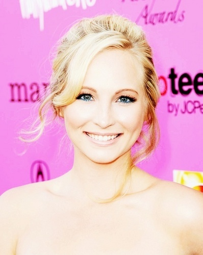 http://images4.fanpop.com/image/photos/17100000/Candice-3-candice-accola-17167093-398-500.jpg