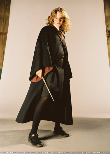 Emma Watson - Harry Potter and the Prisoner of Azkaban promoshoot (2004)