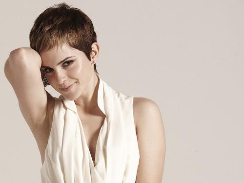 Emma Watson - Photoshoot #068: The Sun (2010)