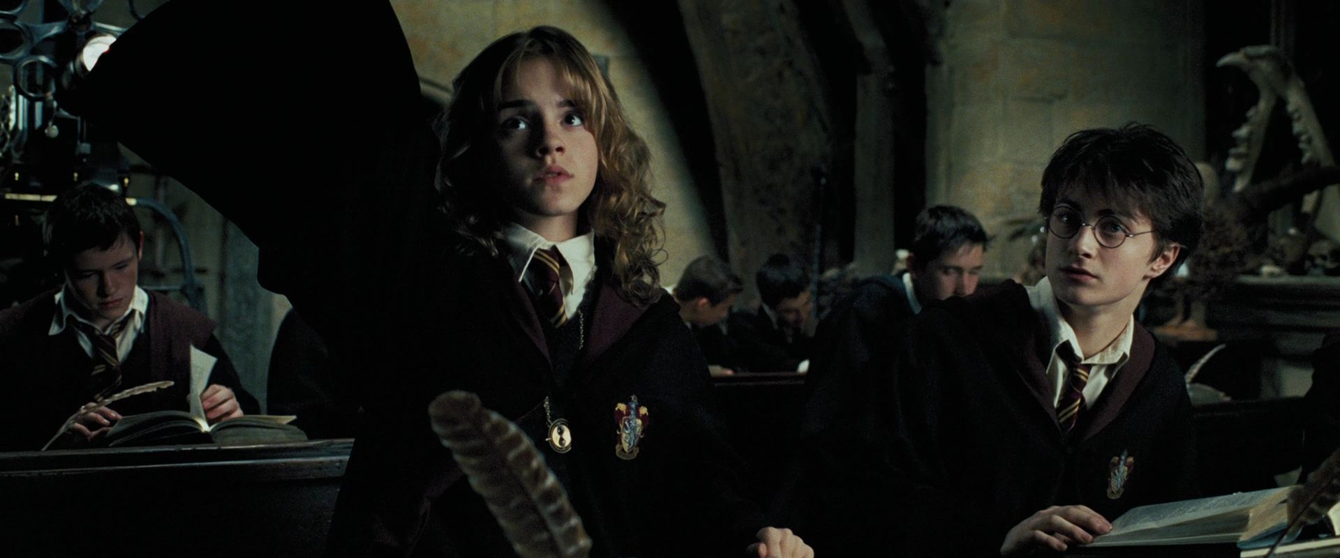 lacanian psychoanalytic criticism in harry potter In truth, psychoanalytic film theory has from its incipience been almost exclusively lacanian film theory according to lacan, the mirror stage occurs in infants between six and eighteen months of age, when they misrecognize themselves while looking in the mirror.