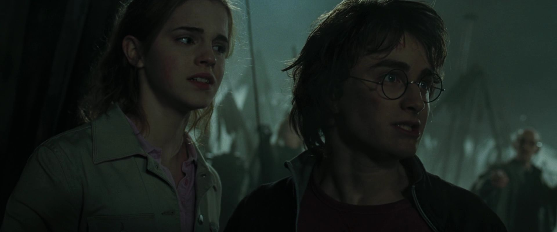 harry potter and the goblet of fire essay questions Harry potter and the goblet of fire is a 2005 fantasy film directed by mike newell  and  among these was the first edition of harry potter scene it containing  over 1,000 questions  see templates for discussion to help reach a consensus  .