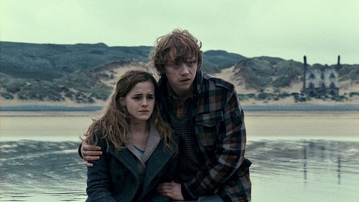 harry potter 7 movie ron and hermione. harry potter and the deathly