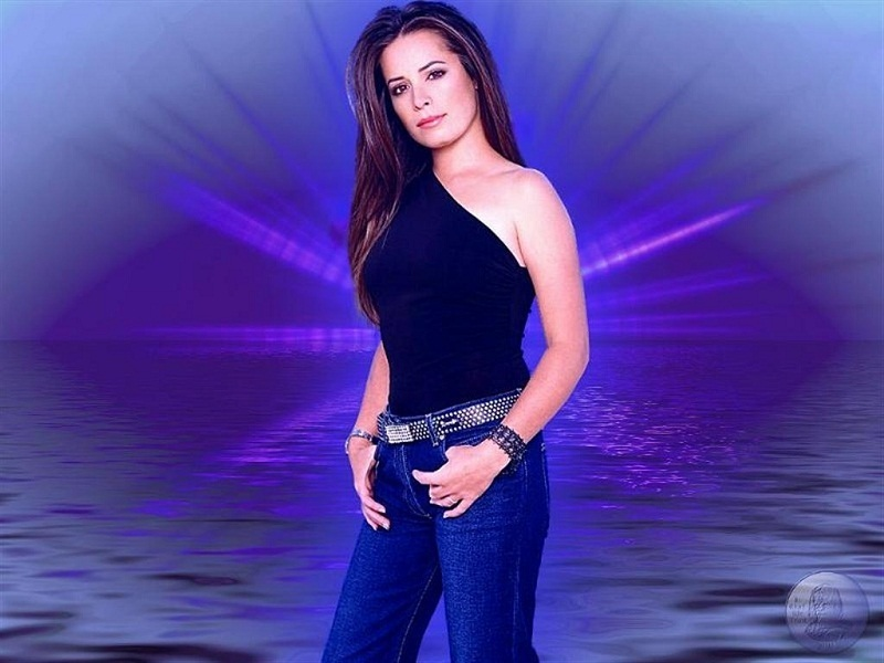 Images xtreme best holly marie combs images gallery for Jessi combs tattoos