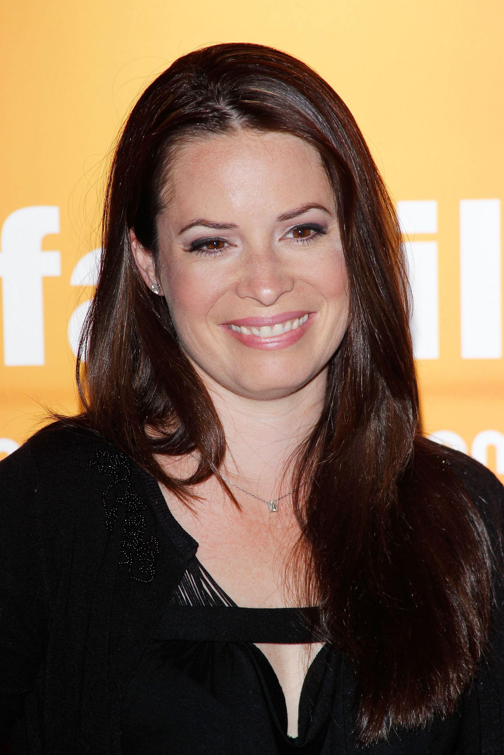 Holly Marie Combs - Gallery