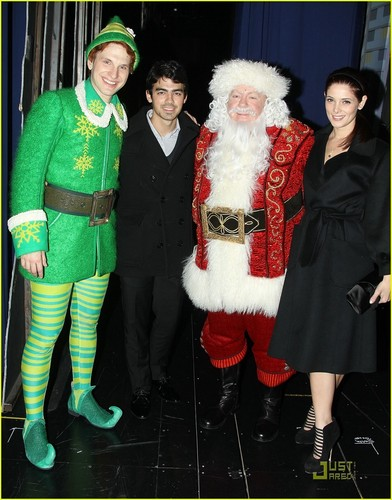 Joe Jonas & Ashley Greene: Elf on Broadway (November 20)