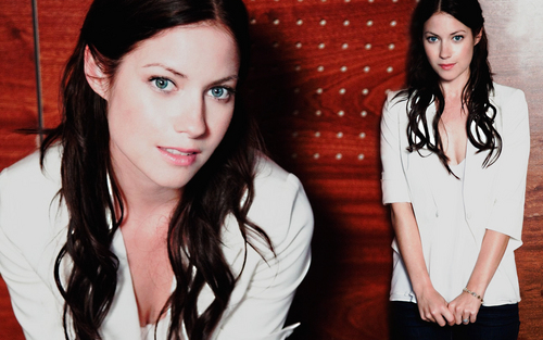 Laura Ramsey - May 2009 Photoshoot