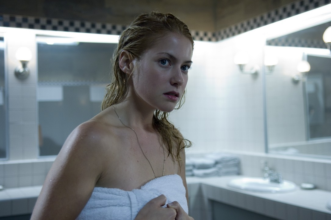 Laura in The Covenant