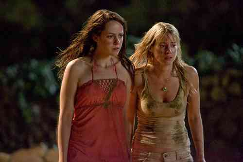 Laura with Jena Malone in The Ruins
