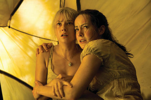 Laura with Jena Malone in The Ruins - laura-ramsey Photo