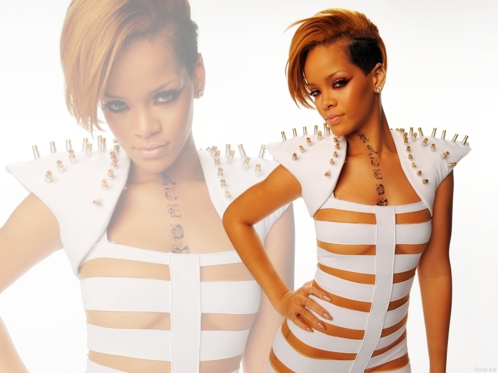 Hot Rihanna Pictures