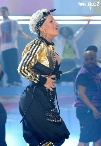 P!nk at the AMA's