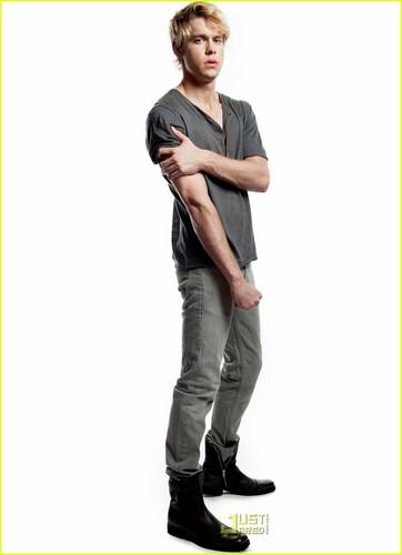 Sam Evans (Wow, Quinn is one LUCKY girl)