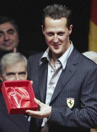 Michael Schumacher wallpaper with a business suit and a suit entitled Schumi