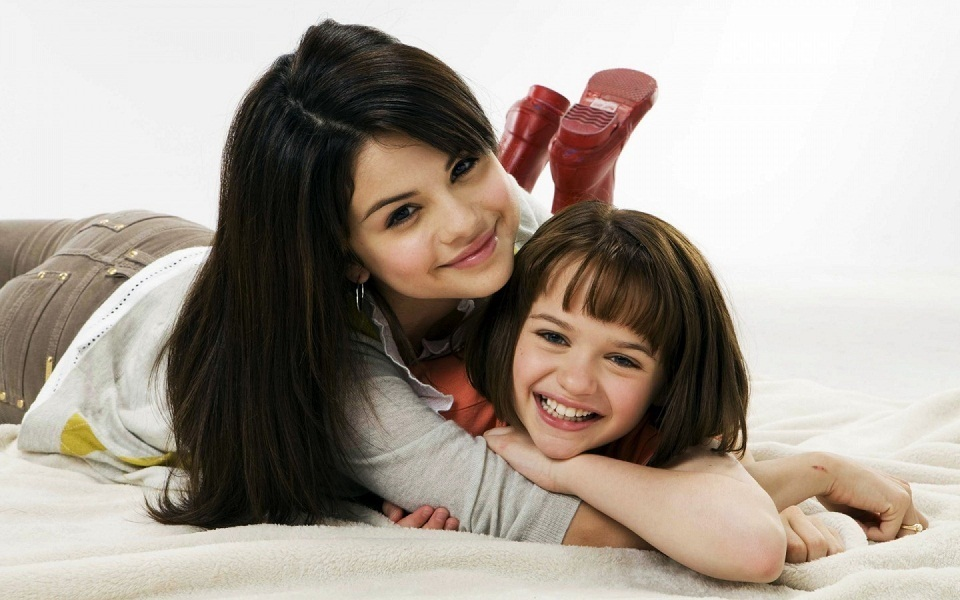 selena gomez cute pictures. selena gomez cute wallpapers