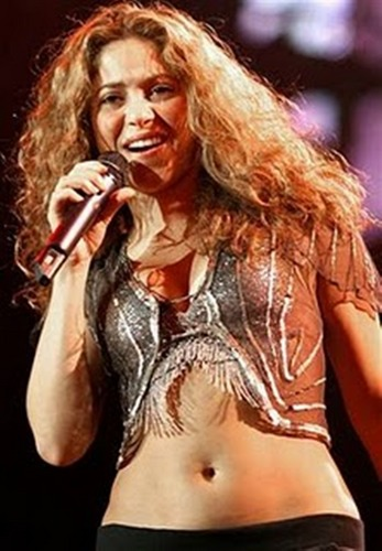 Shakira wallpaper probably containing a concert, a bikini, and attractiveness called Shakira belly