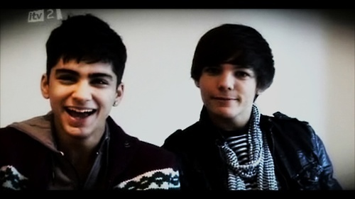 Sizzling Hot Zayn Laughing Wiv Funny Louis :) x