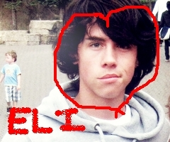 i heart eli/munro - munro-chambers Photo