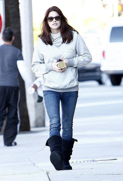 26.11 -Ashley in LA