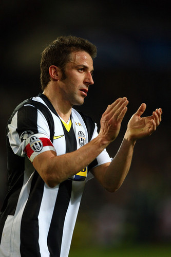 Alessandro Del Piero wallpaper titled A. Del Piero playing for Juventus