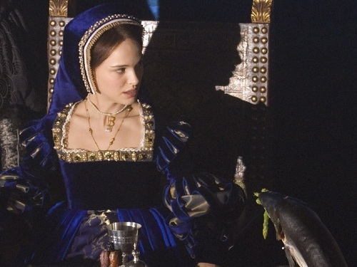 Anne Boleyn 壁紙 probably containing a サーコート, サーコット called Anne Boleyn