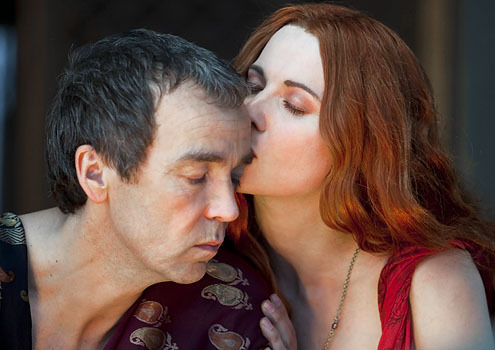 Batiatus & Lucretia - spartacus-blood-and-sand Photo