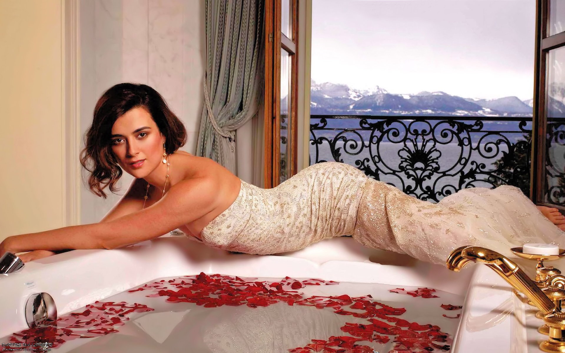"Cote De Pablo ""Watch"" Wallpaper - Cote de Pablo 1920x1200"
