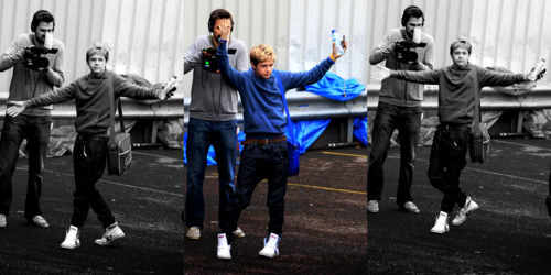 Cutie Niall Doing The Swagger Lol :) x
