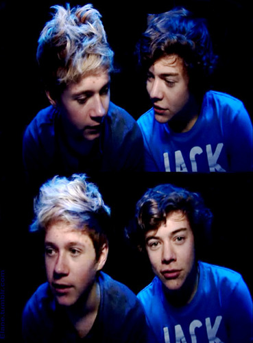 Cutie Niall & Flirty Harry Behind The Scenes :) x