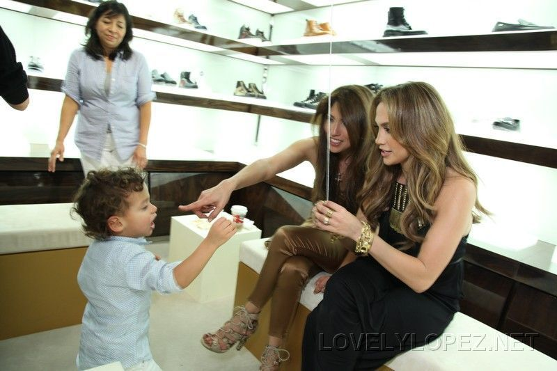 jennifer lopez children gucci. Gucci And Jennifer Lopez