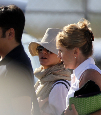 Jennifer out in Mexico