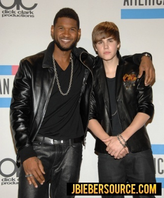 Justin and Usher in the AMA Press Room