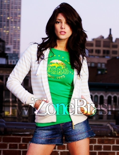 New/Old Fotos of Ashley Greene modeling for Ecko Red (November 2009)